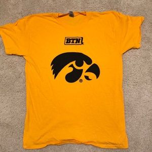 BRAND NEW! University of Iowa T-Shirt
